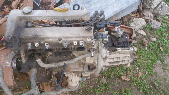 Dezmembrez motor Ford mondeo mk3