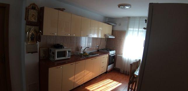 Vand apartament 3 camer