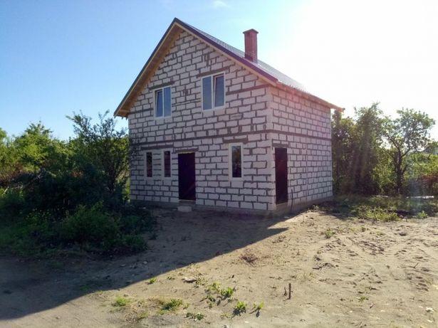 продам дом 2-этажа газоблоги 100 квадратов Калининград 3 ком+кухня