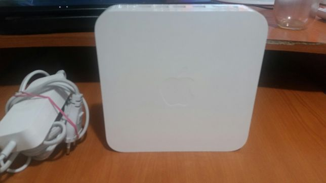 apple aiport extreme base station model A1143