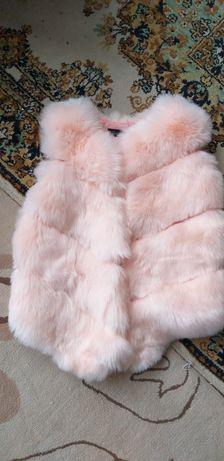 Жилетка меховая розовая