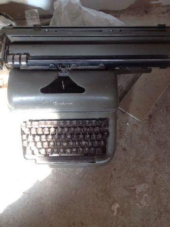 Masina de scris mecanica veche OPTIMA