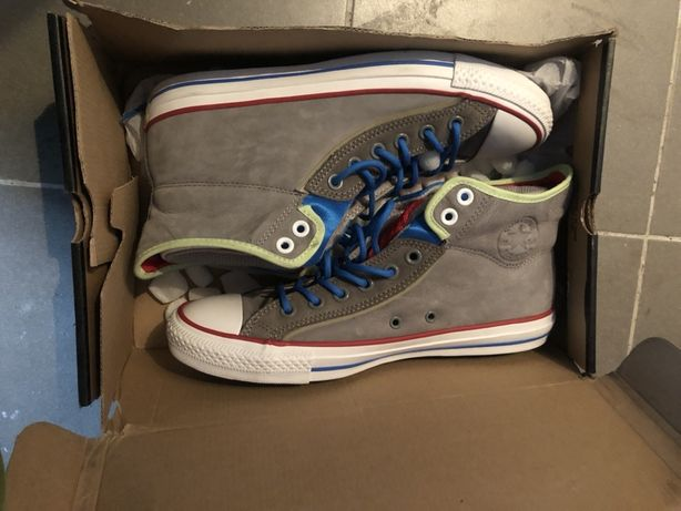 Pantofi converse 42.5 noi in cutie