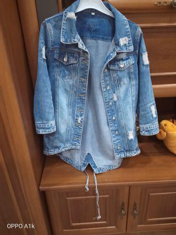 Продам джинсовку в отличном состоянии! На 8-9 лет.