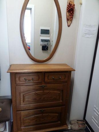 Продам комплект мебели для прихожей.