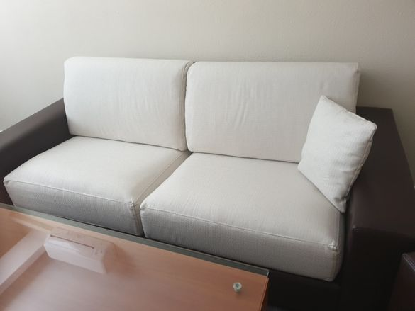 Диван с фотьойли италиански стил