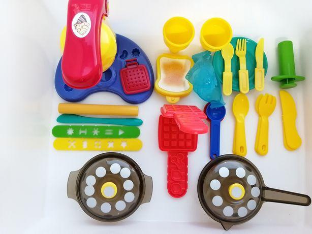 """Набор """" Play-Doh"""" производство мороженого"""