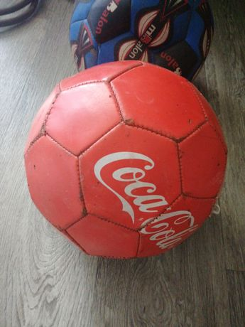 Мяч 500 тг бу для футбол/в волейбол