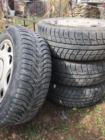 Зимни гуми с джанти за бмв