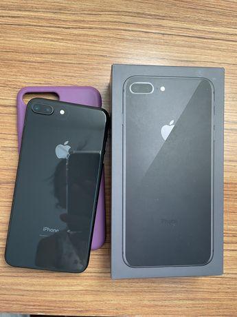 Iphone 8 plus в отличном состояние