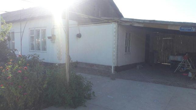 Продаю дом в село Берлике