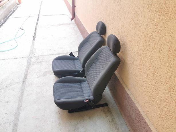 Canapele fata Opel astra g