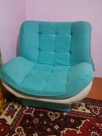 Продам мягкую мебель/кресла для гостиной/кровать