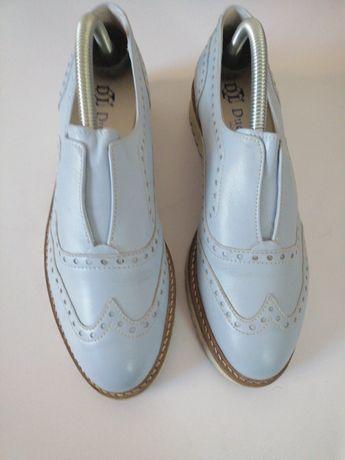 Pantofi Due Lune, piele, marimea 39, artizanali, albastru deschis