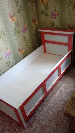 Кровать детская .