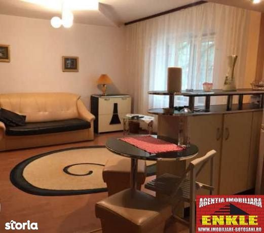Apartament 2 camere, zona St.Luchian, et.1, mobilat/utilat, 300 euro