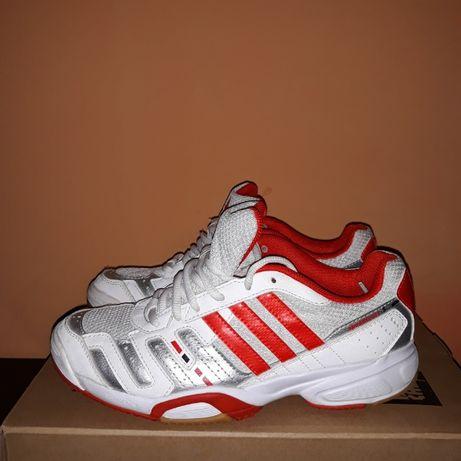 Маратонки Adidas speedcourt 5
