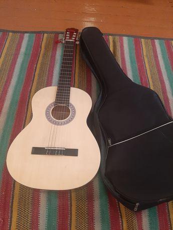 Продаю гитару.  Гитара