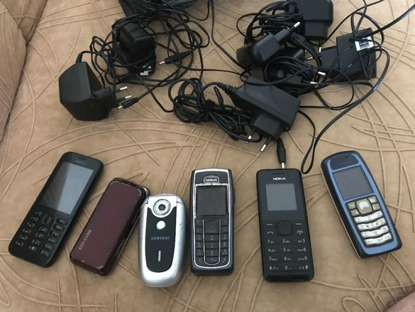 Продавам телефони Samsung , Motorola , Nokia