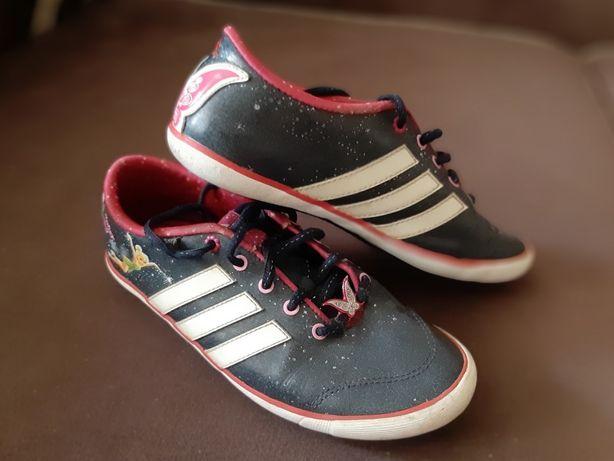Продам кроссовки adidas (Disney) разм EUR-35, US-3, UK-2,5 за 2000тг!
