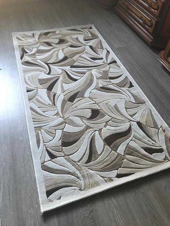 качественные и красивые ковры для интерьера.