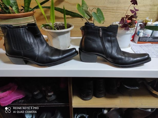 Продам обувь 41 казачки