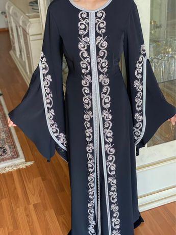 Дубайский платья