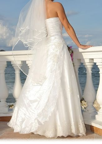 "Дизайнерска сватбена рокля на ""Холидей Сона"""