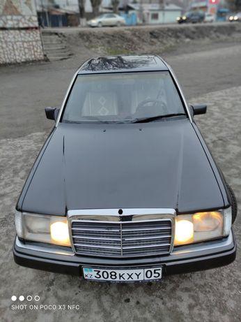 Продам 124 Мерседес 1993г.автомат