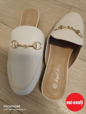Pantofi NOI comozi/toc jos/marimea 40