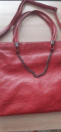 Дамски чанти нови и използвани.