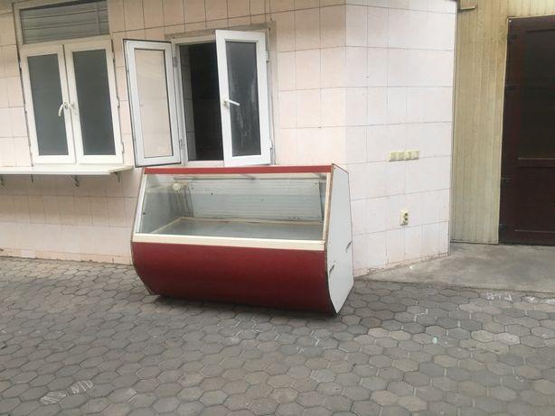 Холодильник на продажу в рабочем состаяние б/у