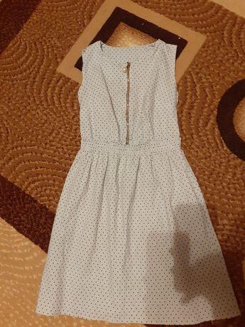 Платье,сарафан на девочку 11-12 лет и ростом 146-152см..