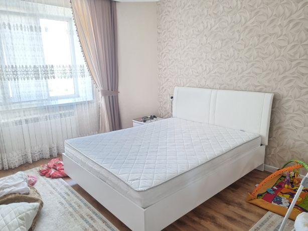 Продам 2 спальную кровать