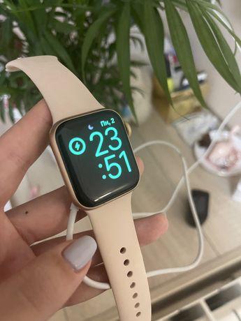 Apple Watch 5 Series, Gold, 44 мм + коробка и зарядка