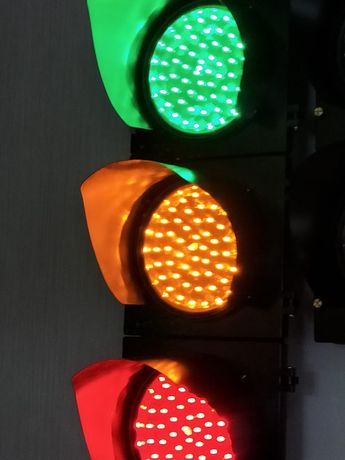 Дорожные транспортные светофоры, котроллеры и табло.
