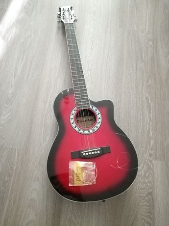 Гитара(daiderton)