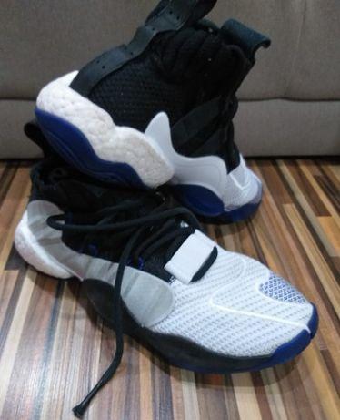 Adidas Crazy BYW X originali numarul 41 alb/ albastru/ negru