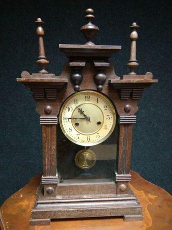 Ceas antic pendula șemineu, funcțional, bătăi pe arc de rezonanță la o
