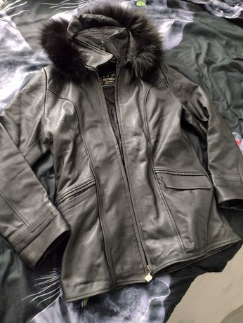 Дамско черно кожено яке (естествена кожа)