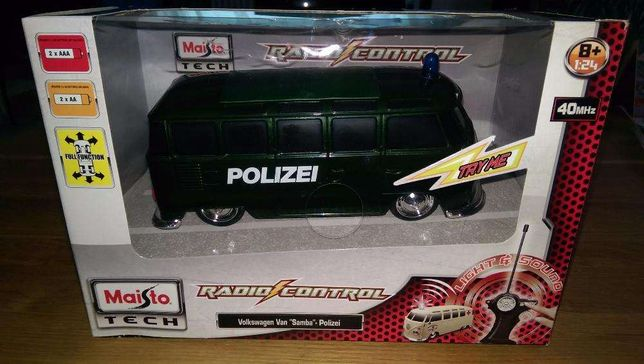 se vinde masinuta cu telecomanda vw van samba Polizei