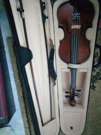 De vânzare  vioara