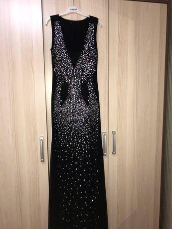 Новое черное,длинное,облегающее вечернее платье