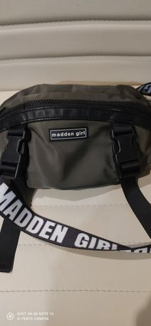 Чанта за кръста Steve Madden