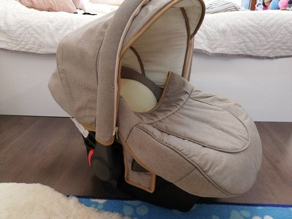 Karwala столче за кола, 0-10 кг