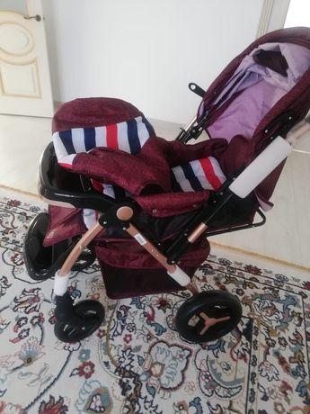 Продам коляски почти новаяяя