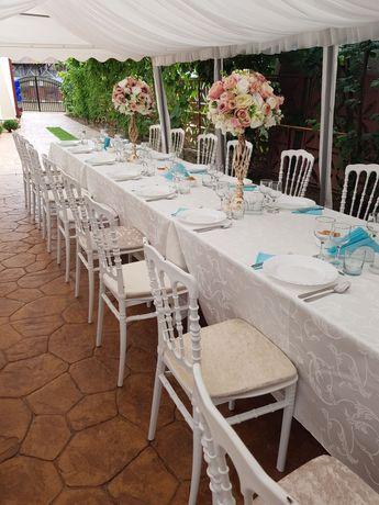 Închiriez scaune si mese pentru evenimente.