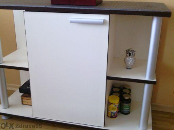 Шкаф с алуминиеви профили, Пдч цвят слонова кост