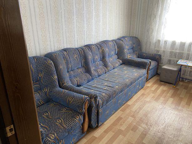 Продам диван и прихожую