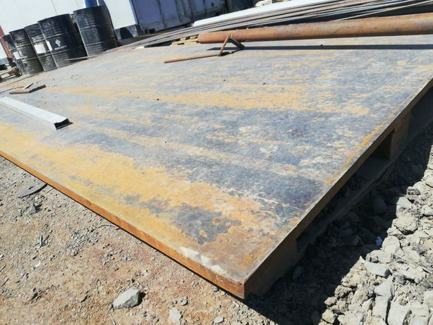 Железн.лист2,5см толщ., разм. 1,53 м х 2,75 м, или по частям